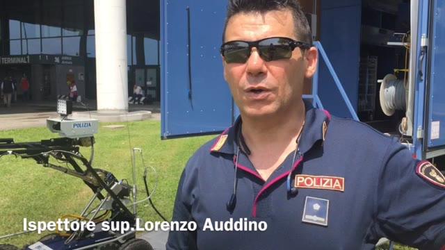 Video: La Centrale mobile avanzata della Polizia di Stato a Malpensa