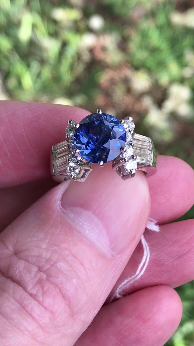 5.04 ct Untreated Ceylon blue sapphire ring, GIA 18kt